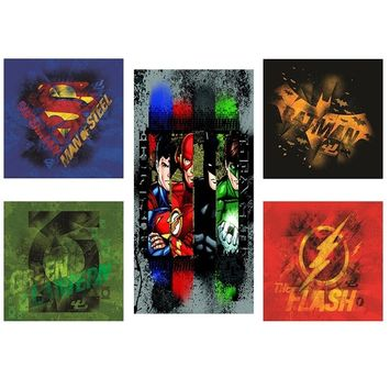 Justice League 5 Piece Canvas Wall Art Set Featuring Superhero Character Designs of Superman, Batman, Green Lantern and Flash Gordon, Multicolored [Justice League 5 pc]