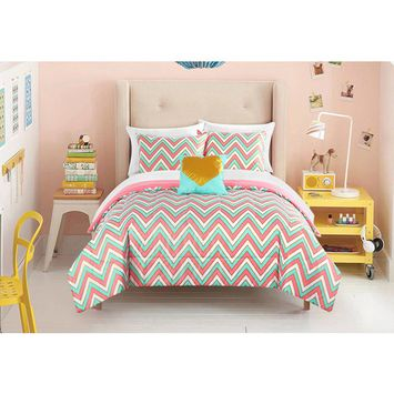 itude Gilded Chevron Bed in a Bag Bedding Set