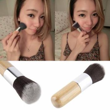 Bamboo Handle Foundation Powder Makeup Brush Blend Blooming Brush