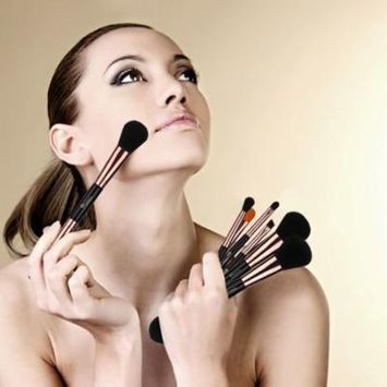 Ovonni 14-Piece Double-Ended Makeup Brush Set with Ultra-Soft Microfiber Bristles, Cosmetic Blender Kit for Foundation Powder Blush Bronzer Eyeshadow Eyebrow Powder Lipstick, Black & Gold