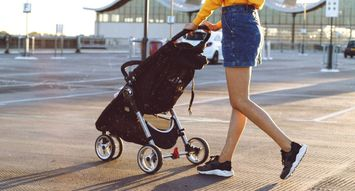 The 5 Best Strollers for Traveling