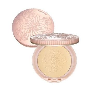 Paul and Joe Beaute Powder Compact Foundation 0.31 oz.