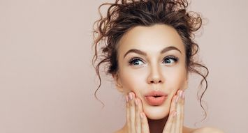 Renew your skin with this NEOSTRATA Australia VoxBox