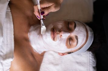Get Glowing Skin With This Amazing CashBack Offer!