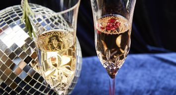 Simple Champagne Toppers to Up Your New Year's Eve Game