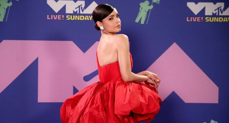 Get the Look: Sofia Carson at 2020 MTV Video Music Awards