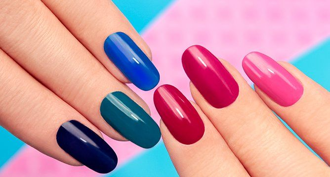 <p>Your gel manicure was all fun and games until a couple weeks in. And now you want it gone—and you'd rather not trek to the salon again. The good news is you can do it yourself, at home, with the products you already own. Scroll ahead to rid yourself of pesky, leftover gel.</p>