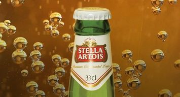 Canadian Influensters Can't Stop Talking About This Drink: Stella Artois Beer