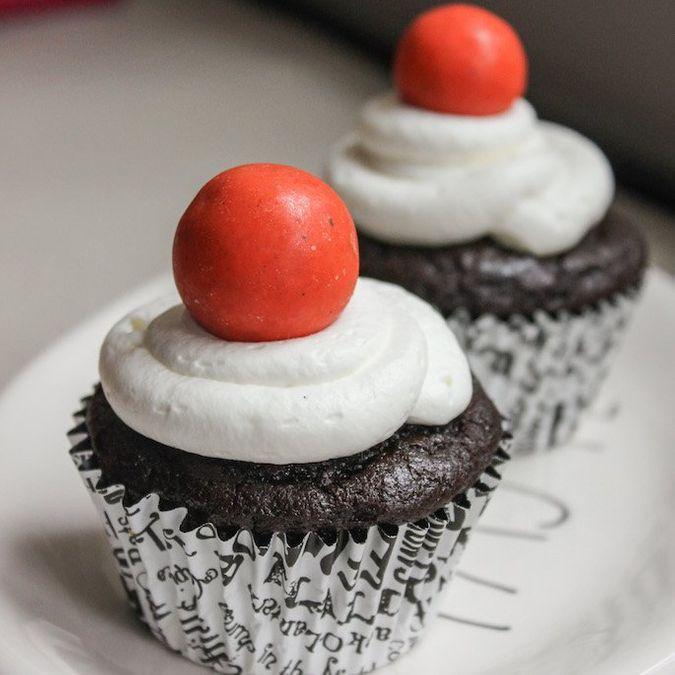 Treat Yourself: Eggless Chocolate Cupcakes