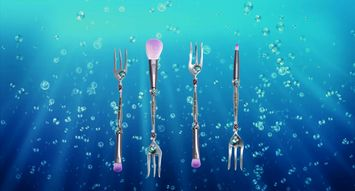 These Little Mermaid Brushes Will Make Every '90s Kid Scream