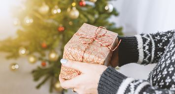 14 Holiday Gifts to Keep You Warm All Winter Long