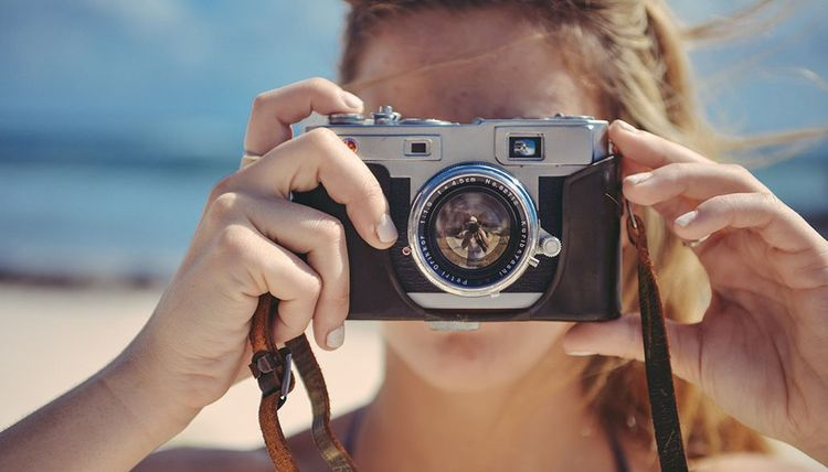 A Beginner's Guide to Buying a Camera