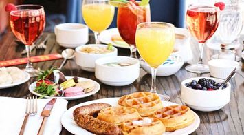 6 Bubbly Brunch Cocktails That Will Add Sparkle to Your Weekend