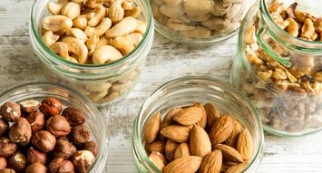 10 Snacks for Staying Healthy On The Go
