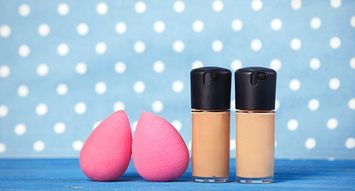 How to Properly Use a Makeup Sponge