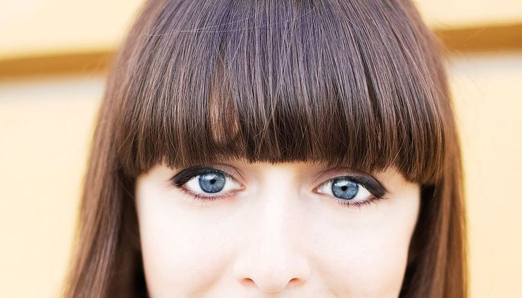 Hairstylist Tips on How to Handle Bangs