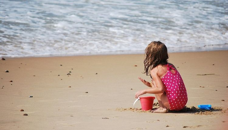Ten Beach Essentials to Remember this Memorial Day