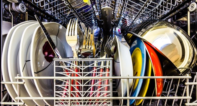 The Most Powerful Dishwasher Detergents: 85K Reviews