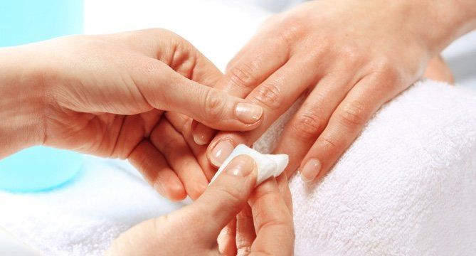 The Best Acetone-Free Nail Polish Removers: 126K Reviews