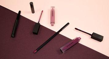 How Influensters Are Using Their Burberry Lip Velvet VoxBoxes