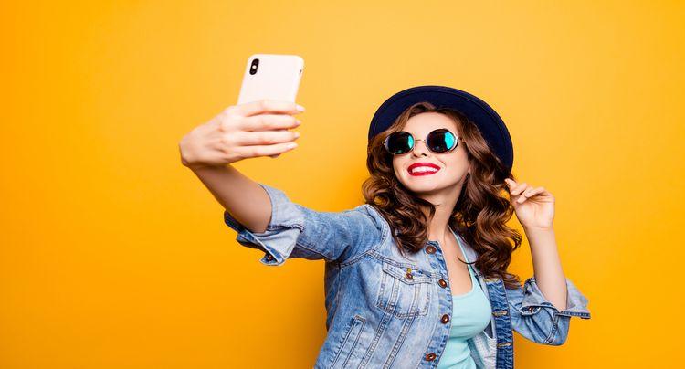 How to Take a Selfie Like a Pro