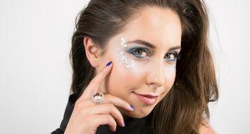 15-Minute Halloween Eye Makeup: Mermaid