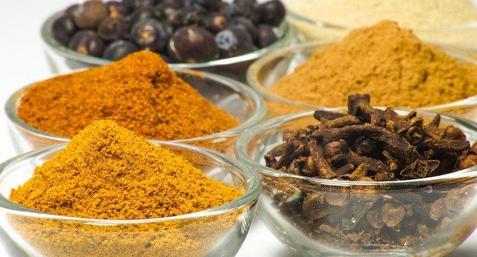 7 Herbs & Spices That Should Be in Every Kitchen
