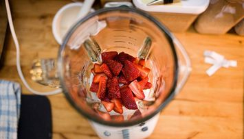 Foodie Friday: Homemade Strawberry Ice Cream
