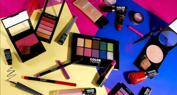 Revlon's New Collection is Like a '90s #TBT in Makeup Form