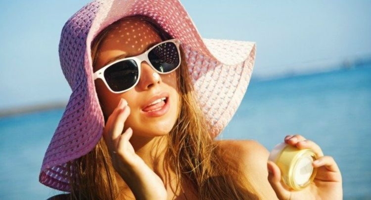 Portable SPF Products to Toss in Your Bag