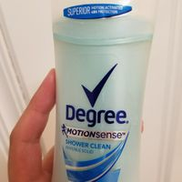 Degree Shower Clean Invisible Solid Antiperspirant & Deodorant Stick - 2.6oz uploaded by Alessandra S.