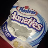 Hostess Donettes Powdered Mini Donuts uploaded by Lonnesha D.