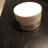 derma e Hyaluronic Acid Night Creme uploaded by Marissa C.