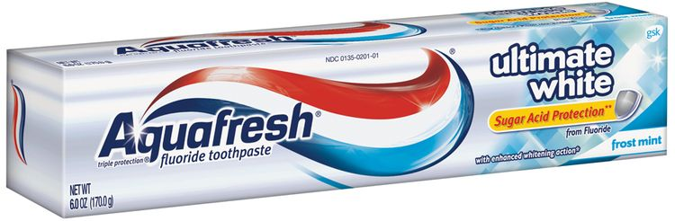 Aquafresh® Triple Protection® Ultimate White Frost Mint Toothpaste