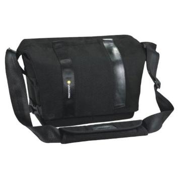 Vanguard Vojo 22 Digital SLR Shoulder Bag (Black)