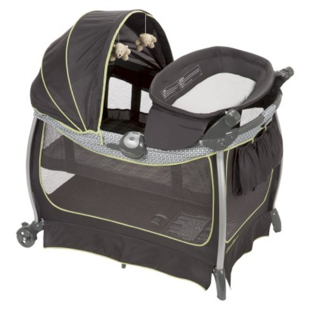 Eddie Bauer Complete Care Playard - Lake Forest