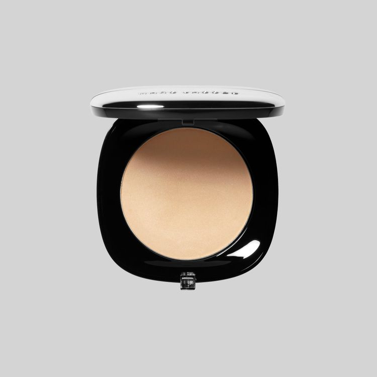 Marc Jacobs Accomplice Instant-Blur Finishing Powder with Brush