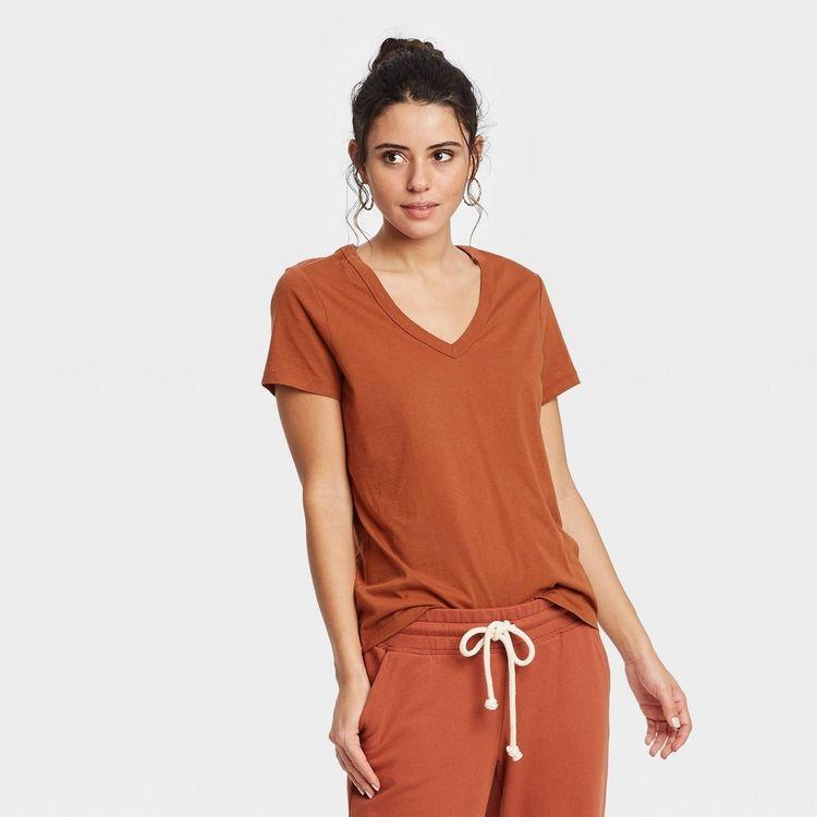 Women's Short Sleeve V-Neck T-Shirt - Universal Thread Rust XL, Red