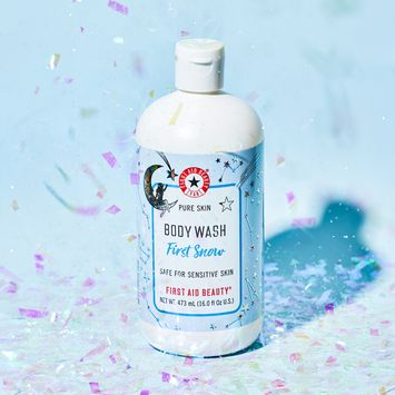 First Aid Beauty Pure Skin Body Wash First Snow Limited Edition