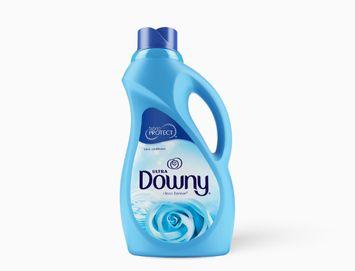 Ultra Downy® Clean Breeze™ Liquid Fabric Softener