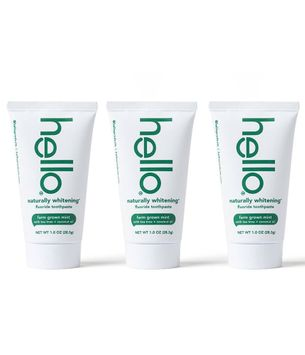 hello naturally whitening fluoride toothpaste travel pack