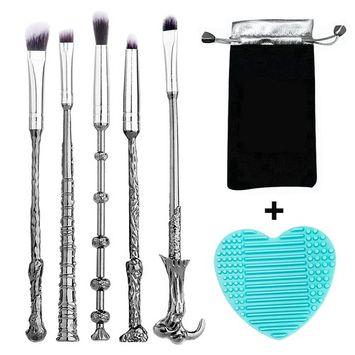 MYSTERIA COSMETICS Wizard Wand Makeup Brush Kit - Set of 5 - Includes Brush Cleaner - Eyeshadow & Foundation Wand Brushes