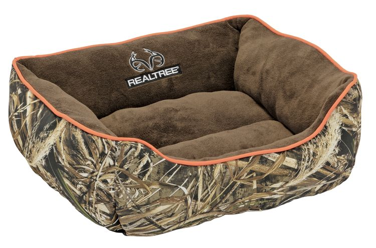 Realtree MAX-5 Camo Premium Bolstered Sofa Lounger Pet Bed for Dogs and Cats Realtree  Piping 25 X 21 Inches