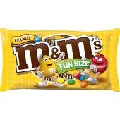 M&M'S Peanut Chocolate Fun Size Candy Bag, 10.57 oz