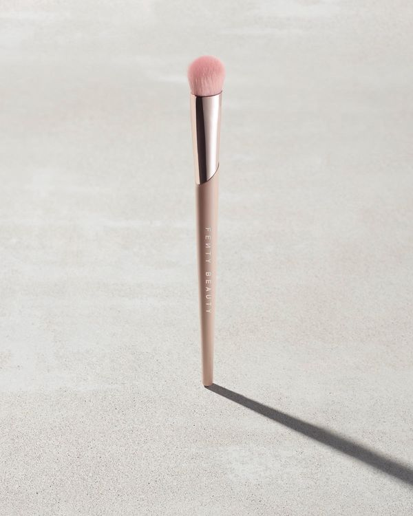 Fenty Beauty Precision Concealer Brush 180