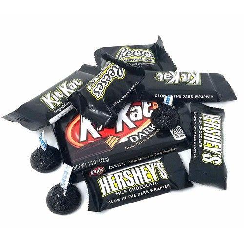 Black Wrap Chocolate Candy Assortment - Kit Kat Dark Chocolate, Kit Kat Snack Size Milk Chocolate, Reese's Miniatures, Hershey's Milk Chocolate Bite Size, Kisses Black Foils, Bulk Pack 3Lbs