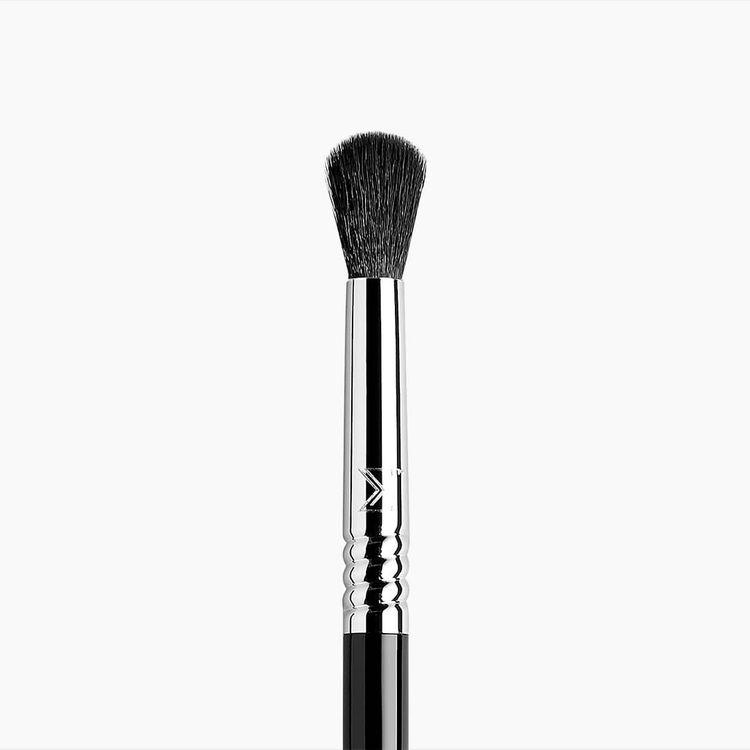 Sigma Beauty E38 Diffused Crease™ Brush