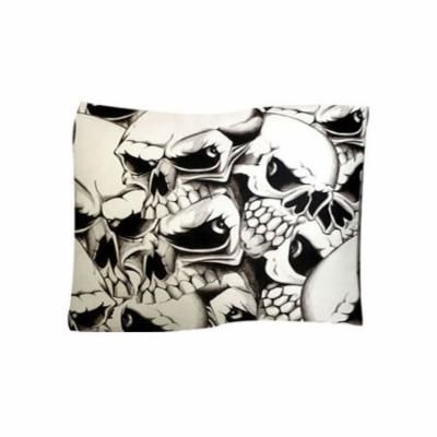 Dogzzzz Skulls Pet Throw