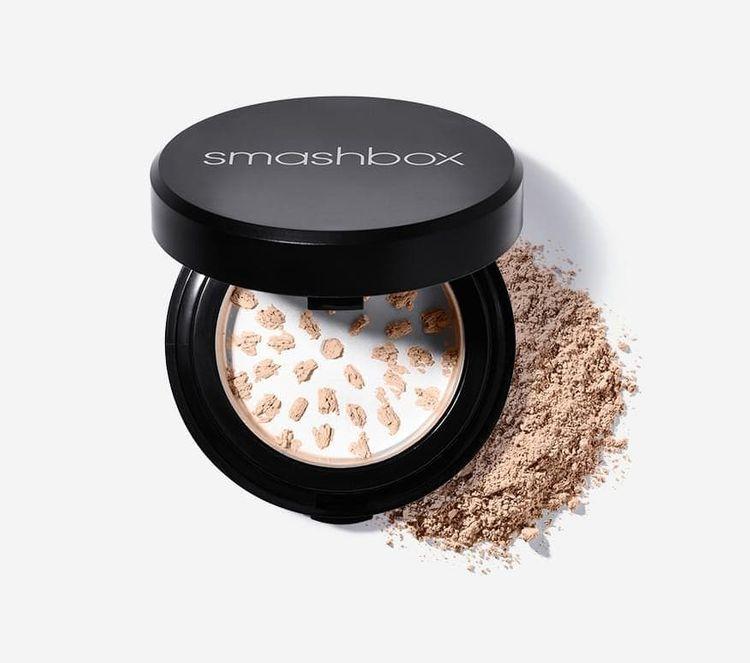 Smashbox Halo Hydrating Powder Foundation