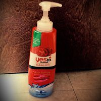 Yes To Acne Fighting Body Wash uploaded by Amber R.